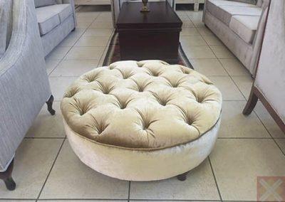 900 Round ottoman