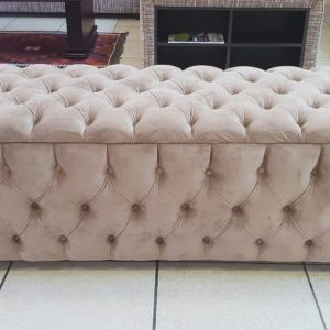 Ottoman-Blanket-Box